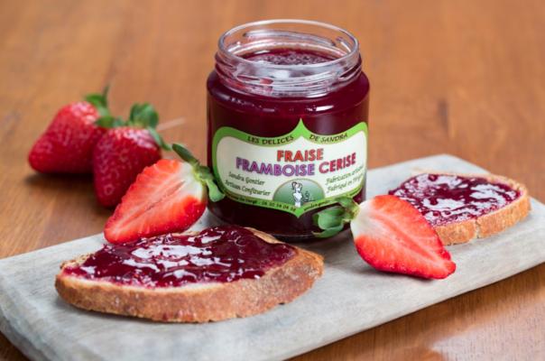 produits-artisanaux-mijote-de-fruits-fraise-framboise-cerise-les-delices-de-sandra-perigord